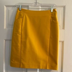H&M mustard pencil skirt with pockets
